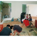 8. Chicos y Chicas Trabajan por Igual En El Museo